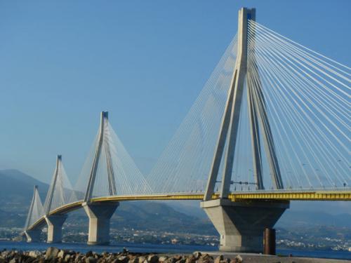 Die neue Brücke Rio-Antirion