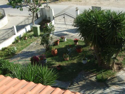 Der vordere Garten der Villa Christina.