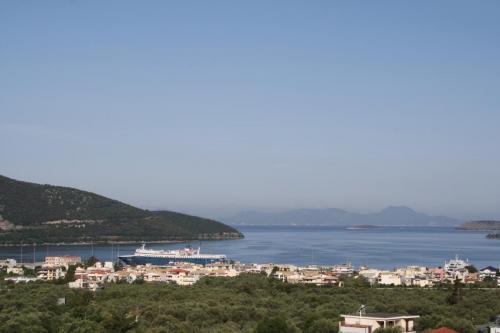 Blick über Igoumenitsa - vom Balkon, leicht links