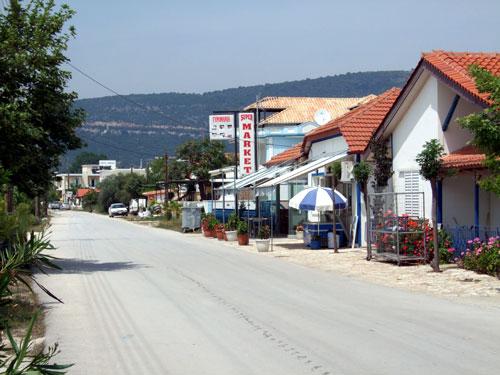 Die Sandstraße von Ammoudia