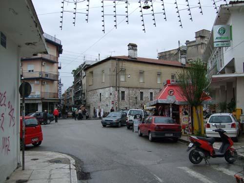 Kreuzung in Ioannina, wer hat hier Vorfahrt? ;-)
