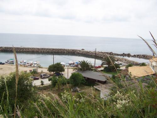 Der kleine Fischerhafen von Lygia