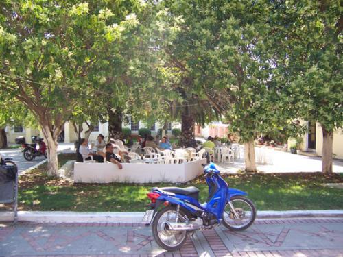 Cafenion an einem Vormittag in Preveza