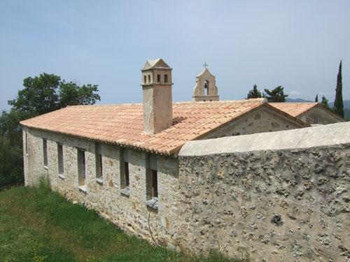 Seitentrakt des Klosters von Lekatsa