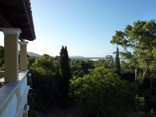 Blick vom oberen Stockwerk in Richtung Lagune I.