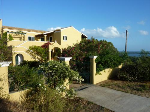 Ansicht auf die Villa Doris mit ihren Ferienwohnungen.