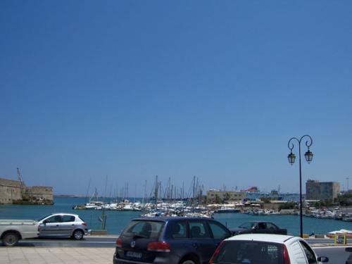 Der Hafen von Heraklion.