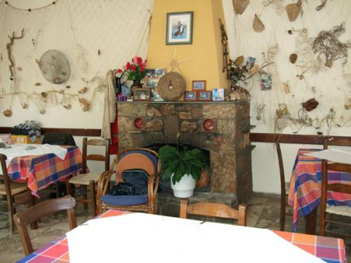 Kamin einer Taverne in Milatos (Nordosten).