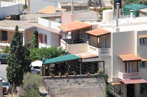 Blick über das obere, alte Dorf.