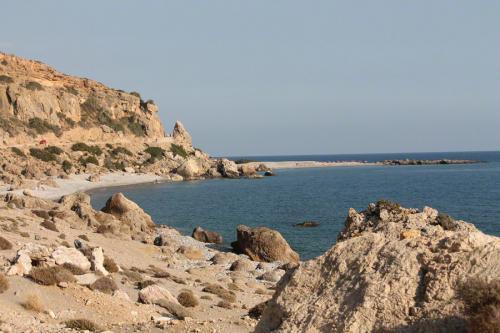 Entlang der gesamten Küste reiht sich eine Bucht an die andere.