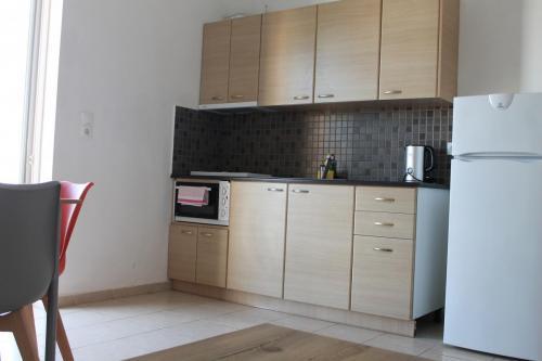 2-Zimmer-Apartment: Küchenzeile
