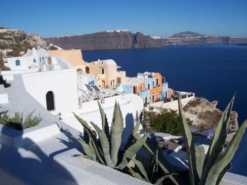 Oia (auch Ia geschrieben), der Hauptort von Santorini