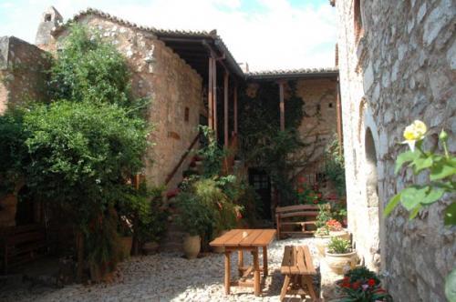 Kloster südlich von Korfos
