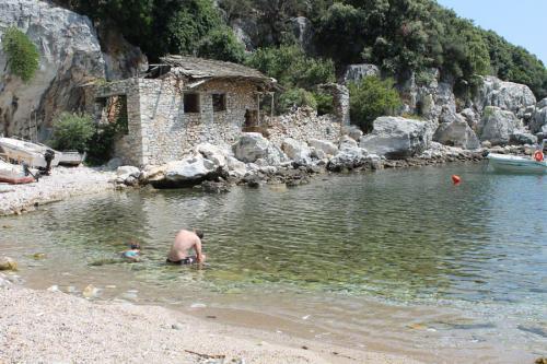 Schnorcheln macht in der Bucht von Damouchari richtig Spaß!