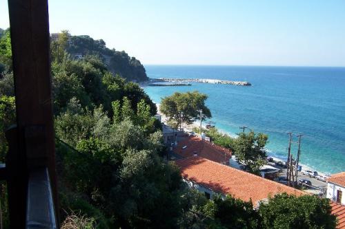 Badebucht vor Agios Ioannis, gleich vor der Haustür des Hotels Kentrikon.
