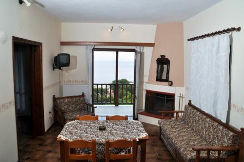 Das Wohnzimmer eines der beiden Familienzimmer
